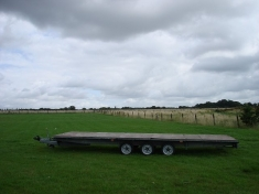 Triaxle Flatbed - click to enlarge